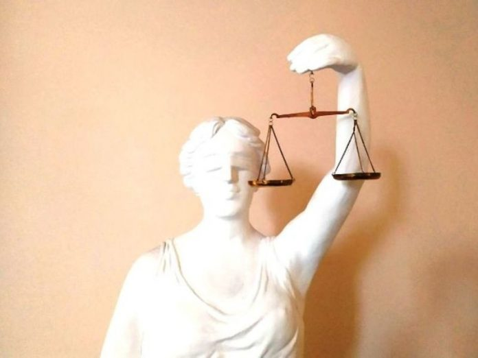 A court in Perm has justified the anti-fascist in the case of the demonstration of Nazi symbols