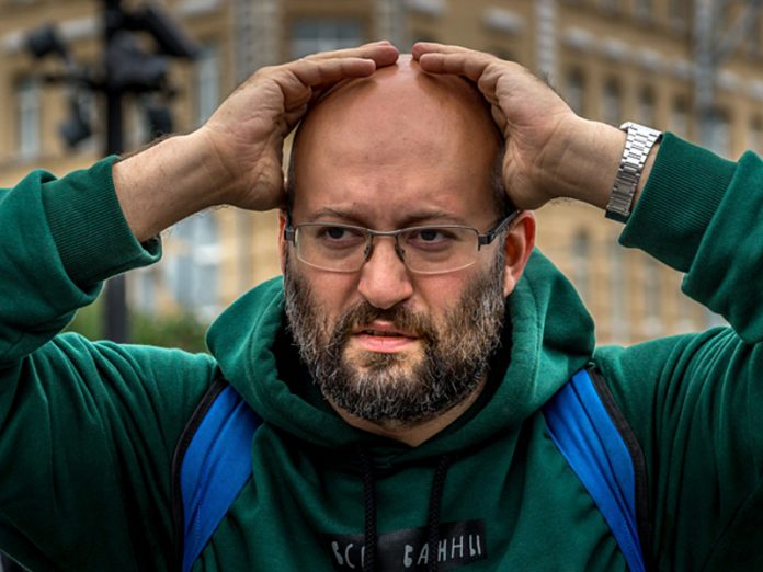 In Moscow have detained Ilya Azar who carried out a picket in support of the founder of the project