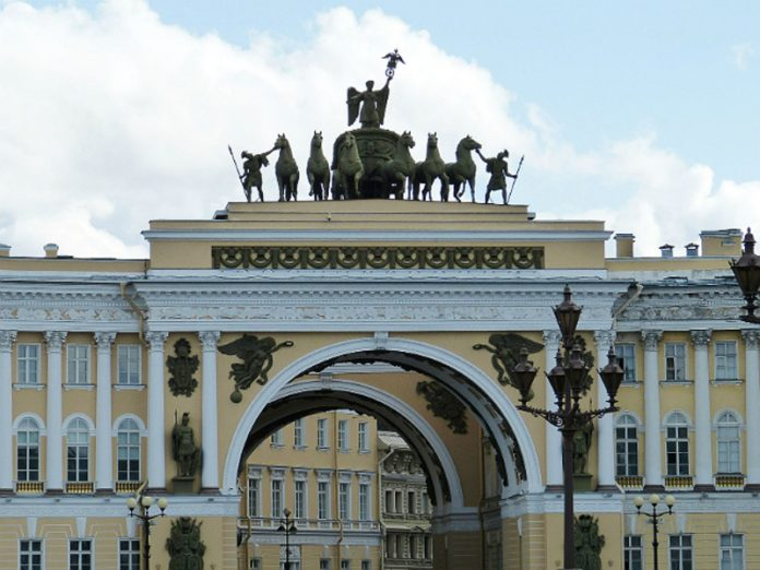 In Petersburg the weather improves
