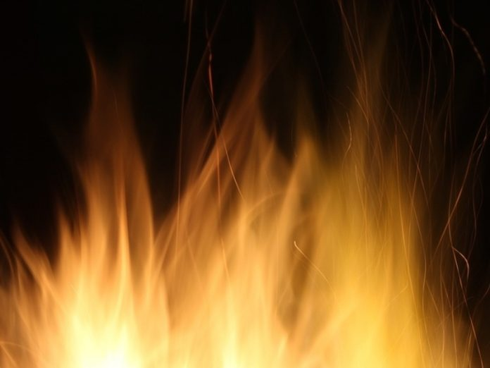 In the Irkutsk region burned wood waste on an area of nearly 2 thousand sq m
