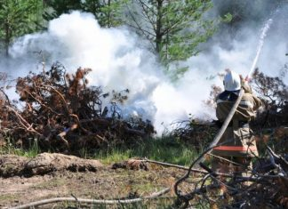 Near Samara the fire destroyed 11 houses, left homeless and up to 40 families