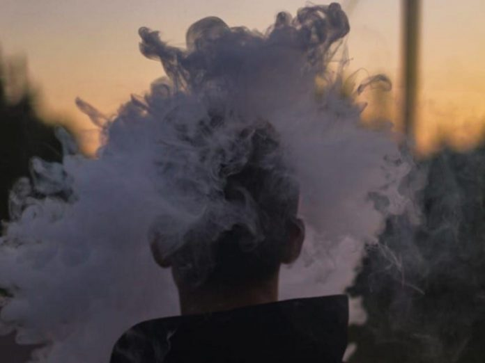 Oncologist: Electronic cigarettes will not save you from cancer