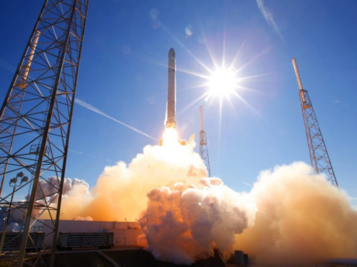SpaceX conducted the first ever manned flight into space (video)