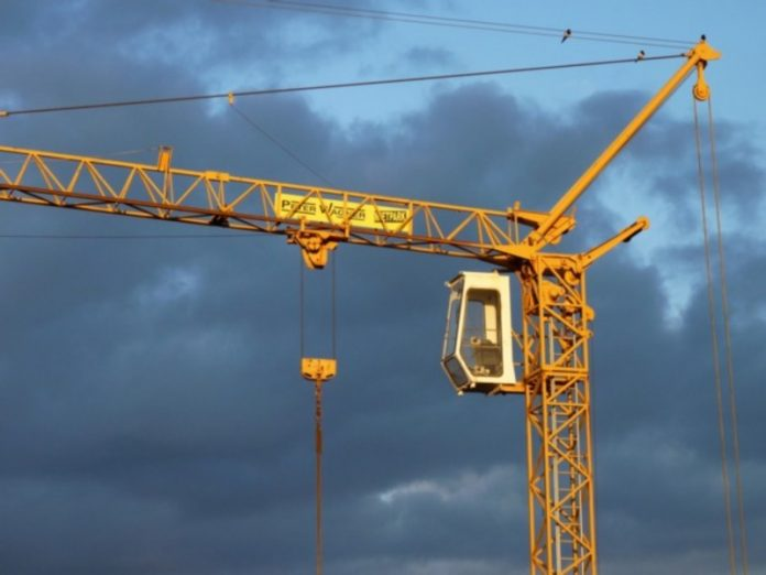 Crane operator died in the fall of a tower crane in St. Petersburg