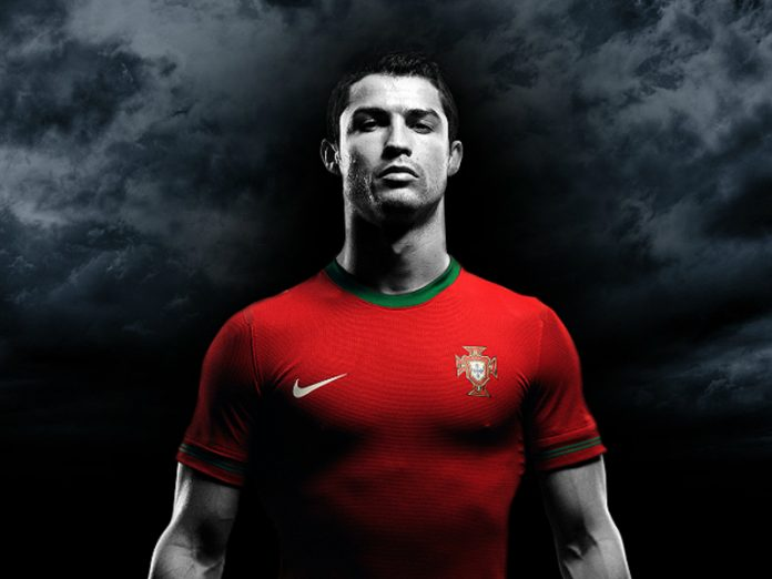 Forbes named Ronaldo the first billionaire among the players