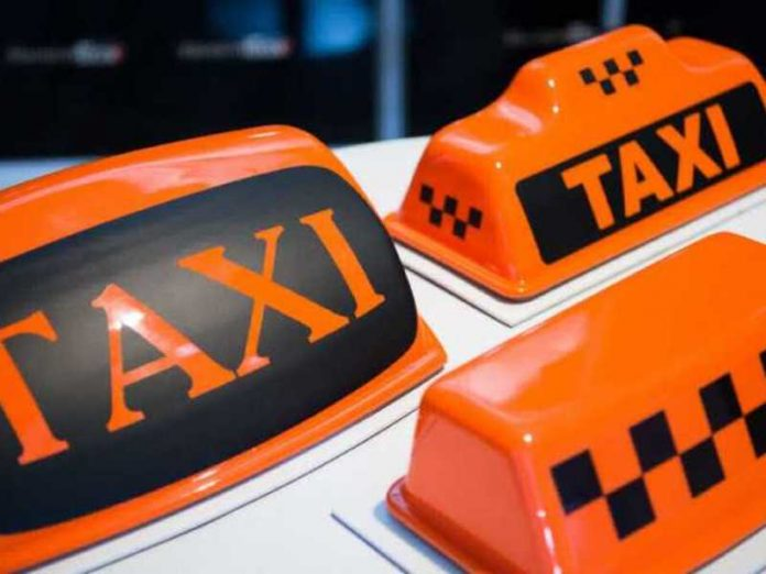 In Moscow, two customers beat the girl-taxi driver