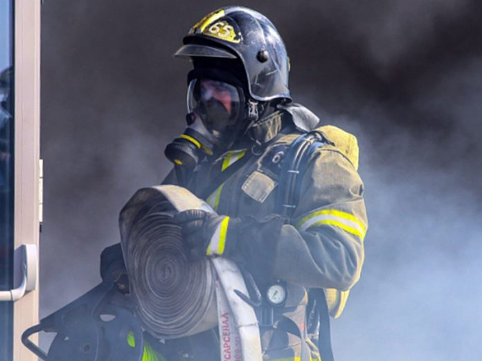 In St. Petersburg, four people died in a fire in an apartment house