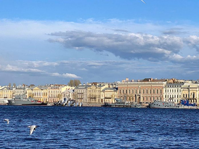 In St. Petersburg up to 28 degrees Celsius