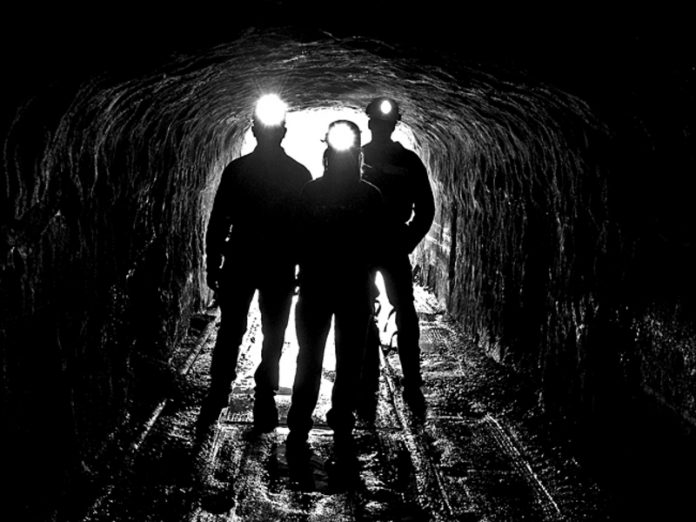 In the LC miners, a few months of not receiving wages, went on strike in the mine