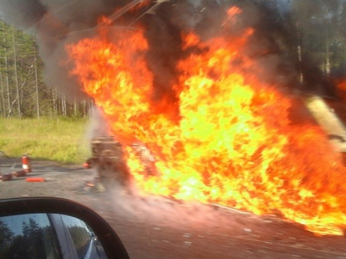 In Vorkuta unknown, trapping the owner, burned the car of the head of the local TV channel