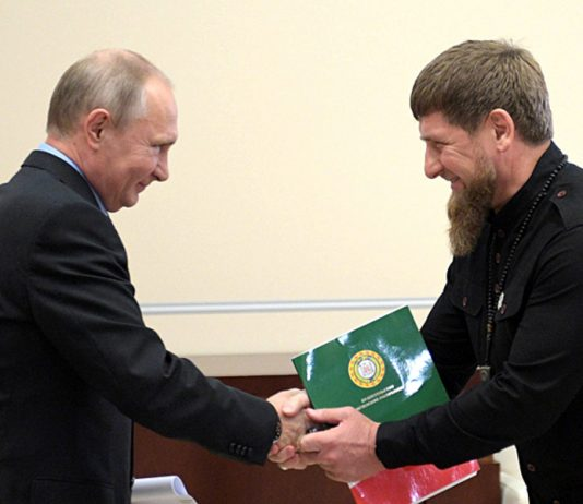"""Kadyrov called on the Russians to vote for Putin """"President for life"""""""