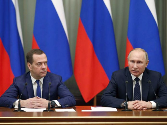 Media: the Office of the Ministry of culture in the Volga area has decided to dispose of the portraits of Putin and Medvedev