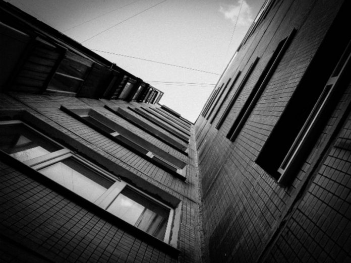 Muscovite died after falling from the height of 8th floor