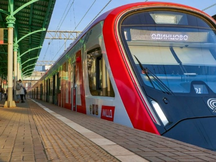 Passenger traffic at the Moscow Central diameters after the abolition of isolation has recovered by 57%