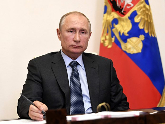 Putin wrote an article about the war