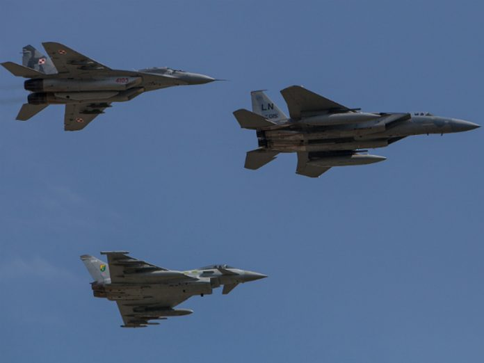 US fighters and Norway have risen for aircraft maintenance HQs