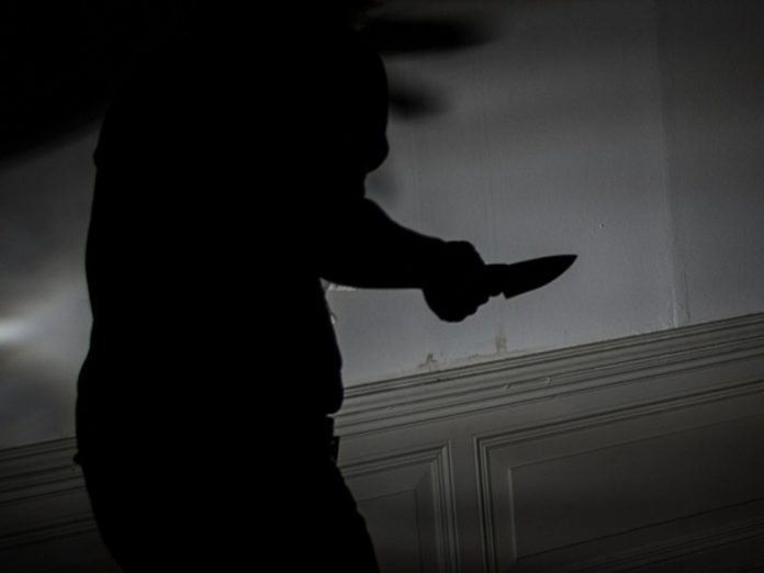 A resident of Buryatia came to the cafe with a knife in the back