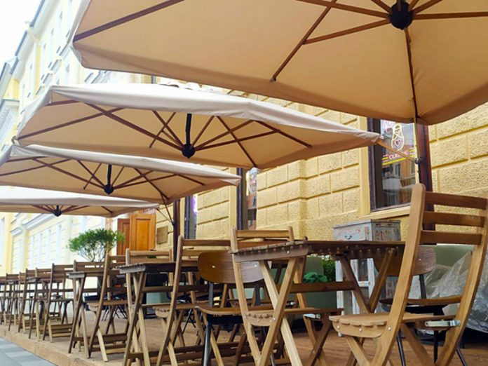 Cafes and restaurants in Moscow recommended to close the veranda