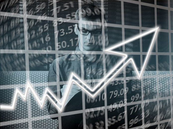 Experts are cautiously talking about the beginning of the recovery of the real sector of economy of the Russian Federation