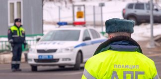 "In Moscow, two minor girls have stolen ""Volga"" and staged a race with the police"