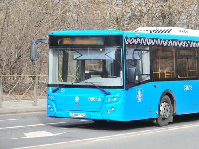 In the capital, do not missed Lexus and the bus, there are victims