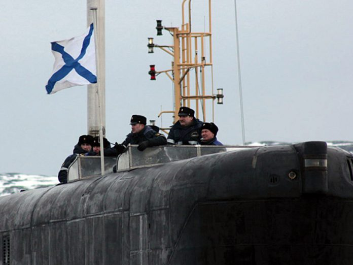 Media: the Russian submarine does not give NATO to freely cross the Atlantic
