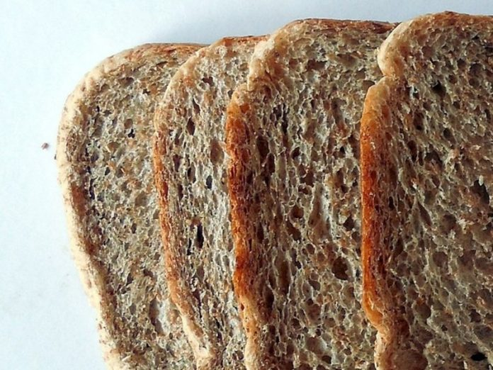 Nutritionists told what you can eat brown bread and not white