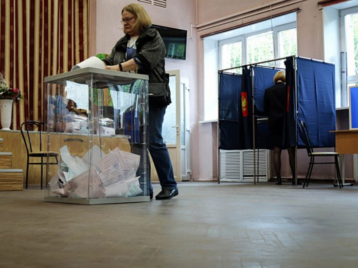 On elections of the Governor of Leningrad region has put forward six candidates