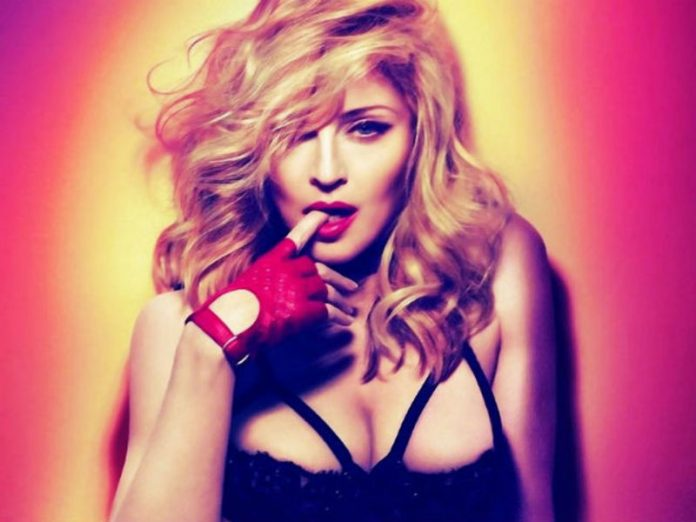 Petersburg the court: For the promotion of homosexuality Madonna in Russia, no one was fined