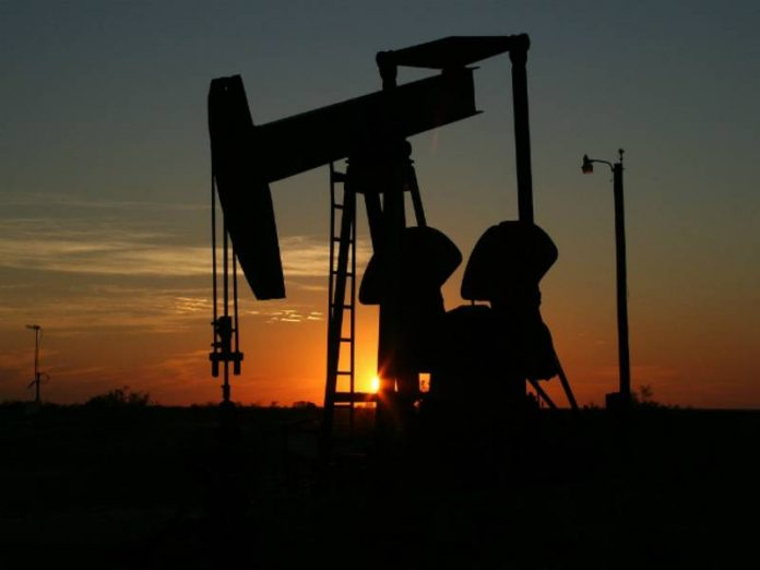 Statistics on the US GDP has brought down the price of oil