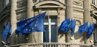 The EU has criticized Russia's stance on the Syrian resolution