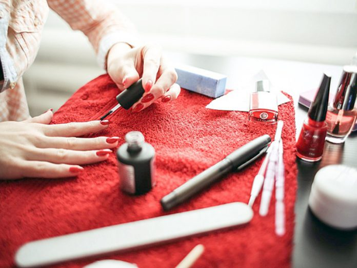The expert explained why to prove infection with hepatitis b nail salon is almost impossible