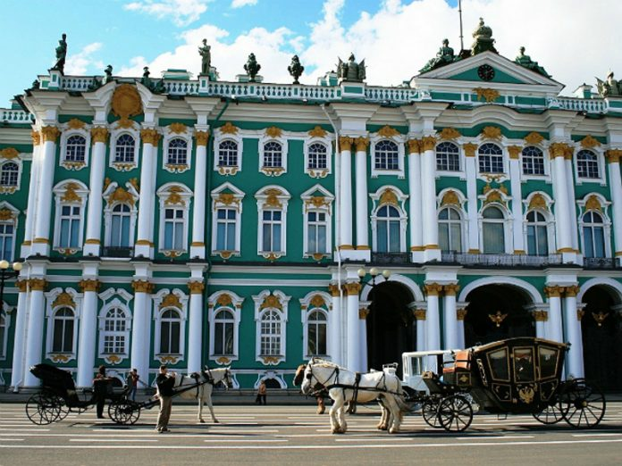 The Hermitage and the Russian Museum opened, but are working on new rules