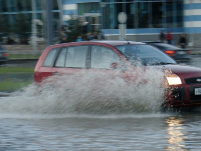 The metro station in Moscow was flooded due to heavy rain