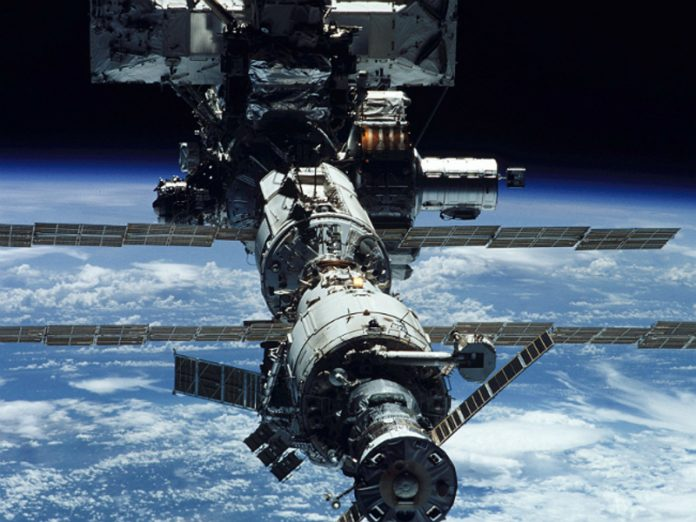 The orbit of the ISS was lowered by almost a kilometer before the arrival of the astronauts