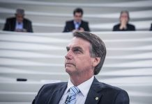 "The President of Brazil, cases of coronavirus, said that ""no longer can stay at home"""