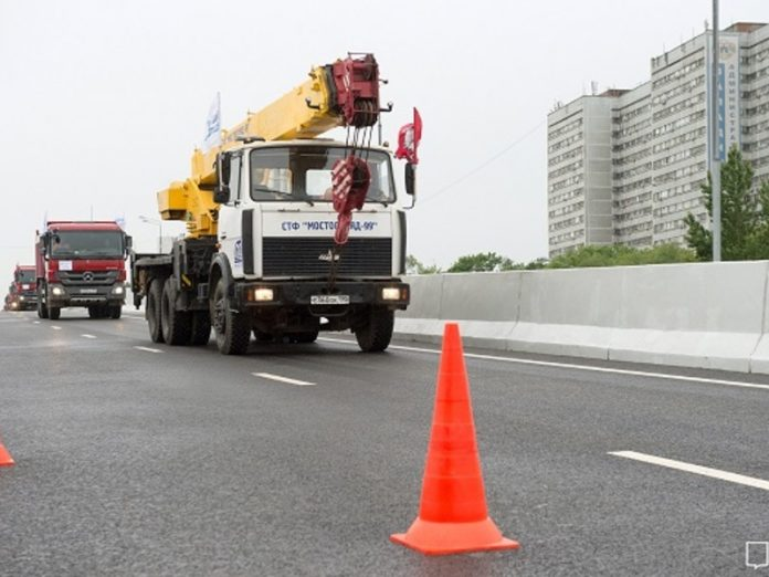 The route, which will connect Warsaw and Kaluga highway, almost finished a third