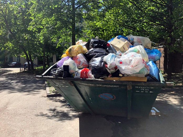 The Russians will reward for dealing with waste every summer