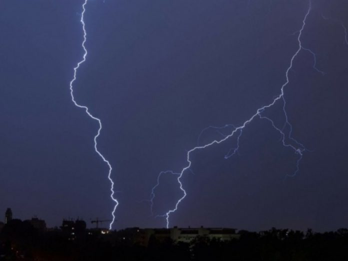 There was a video of a lightning strike in football at the suburban stadium