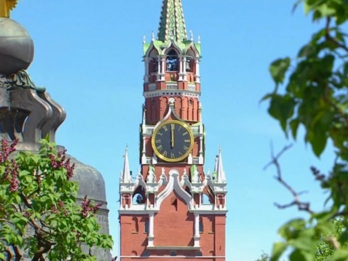 To communicate with the dead members of the Royal family psychic trying to break into the Kremlin