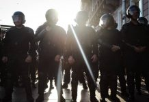 """Rude and know no laws"": the Russians urged not to take the police of persons without education"