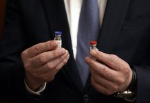 Survey: Doctors don't believe in the efficacy of Russian vaccines against coronavirus