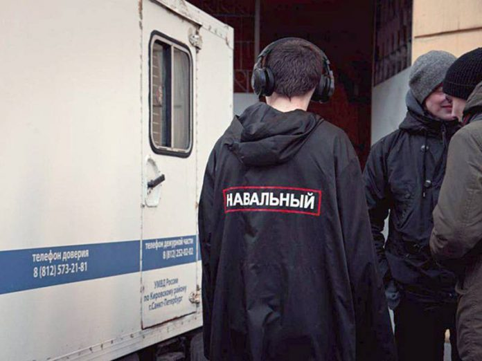 The head of Navalny's campaign staff in the Angara came with a search warrant because of the strange injuries activists NOD