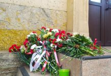 To the Embassy of Belarus in Moscow, protesters